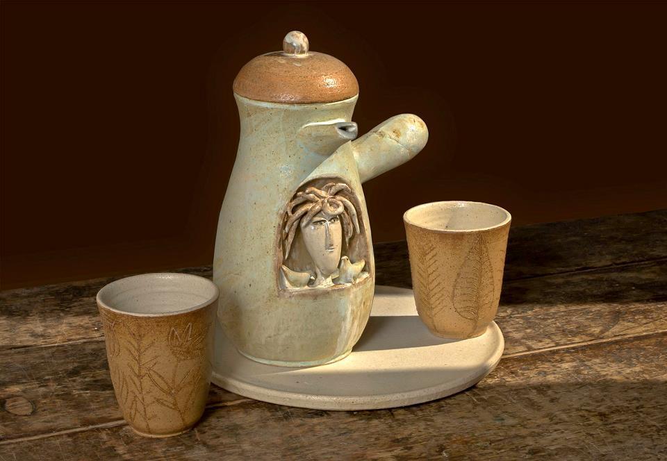 """""""La Cioccolatiera"""", Chicchere Oggi. La cioccolata in tazza nel segno della ceramica contemporanea"""